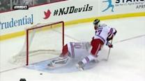 Lundqvist robs Jagr with great late pad save