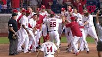 LaRoche's walk-off homer