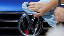 U.S. judge signals likely approval of VW diesel buyback settlement