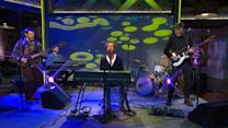 """Saturday Sessions: Guster performs """"Kid Dreams"""""""