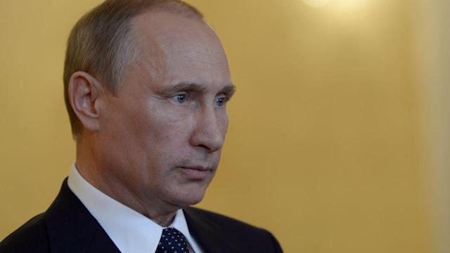 U.S. Escalates Sanctions Against Russia Over Ukraine Crisis