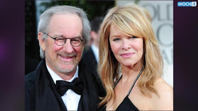Taylor Swift Dines With Steven Spielberg In The Hamptons! Could This Mean More Movies For Swifty?