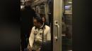 Napoli, insulti razzisti in treno: la reazione di una donna diventa virale