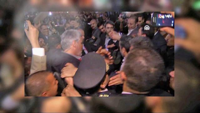 Iranian president hit with shoes in Cairo