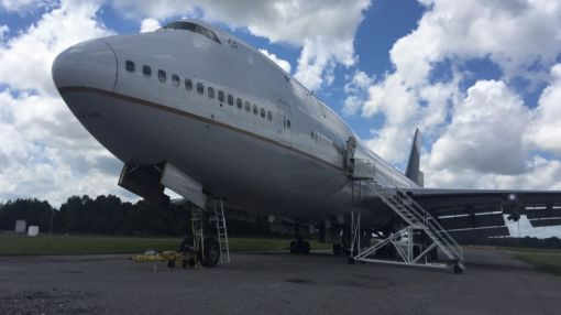 Here's how you can buy a Boeing 747 on the internet