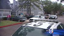 Police find 3 shot, crying baby inside N. Houston apartment