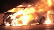 Good Samaritan rescues woman from burning van on expressway