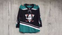 Anaheim Ducks introduce amazing retro third jersey
