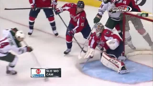 Braden Holtby robs Justin Fontaine