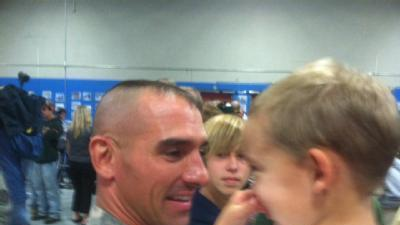 Raw Video: Guardsmen Make Emotional Return