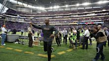 Vikings will not pick up option on Adrian Peterson, making him free agent March 9