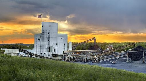 Can This Coal Company's High-Yield Dividend Even Survive?