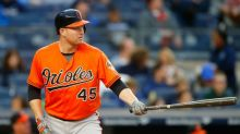Hot Stove Digest: Orioles still negotiating with Mark Trumbo