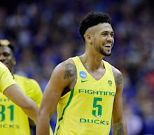 Giannis Antetokounmpo helped Oregon's Tyler Dorsey become a March Madness star