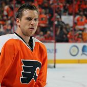 Flyers re-sign Brayden Schenn to four-year contract