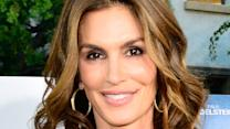 Cindy Crawford's Supposedly 'Unretouched' Bikini Pic Called a Fake