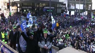 Raw: Huge Crowd for Seahawks Parade in Seattle