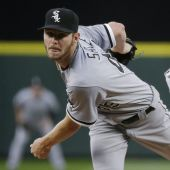 White Sox ace Chris Sale scratched after destroying jerseys