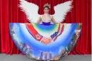 Trump y Kim se dan la mano... en el ilustrado vestido de una aspirante a Miss Universo