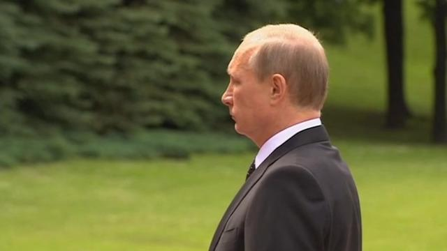 Putin calls for end to fighting as he reiterates support for Ukraine peace plan