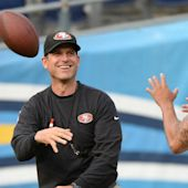 Jim Harbaugh apologizes to Colin Kaepernick for no respect comment