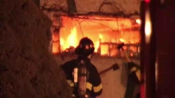 4 firefighters hurt in Allentown restaurant blaze