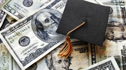 Trump proposes huge changes to student loans