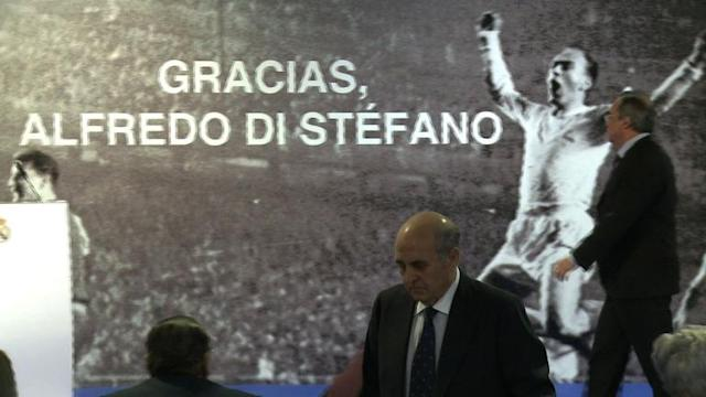 Real Madrid pays homage to late club legend, Alfredo di Stefano