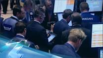 Wall Street Stalls in Early Trading