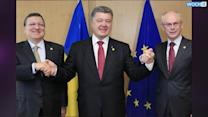 Ukraine's Poroshenko Signs Free-trade Agreement With EU
