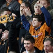 Chinese group completes Wolves takeover