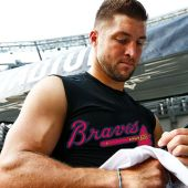 An MLB Team Will Likely Sign Tim Tebow, Which Makes Perfect Sense