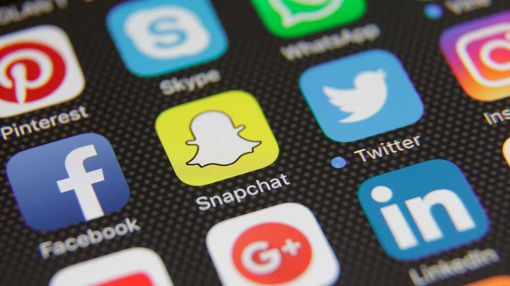 Snapchat Has 60 Million Daily Users In U.S., Canada, Underscoring Twitter's Woes