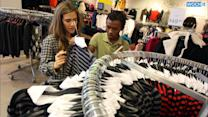 U.S. Consumer Spending Rises, Inflation Pressures Muted