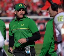 Mark Helfrich brought up topic of returning to Oregon to Chip Kelly