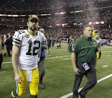 Aaron Rodgers has some advice for the Packers front office