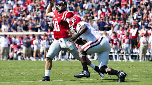 Unlike previous weeks, Ole Miss holds onto massive lead in blowout of Georgia