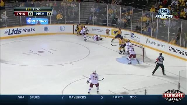 Phoenix Coyotes at Nashville Predators - 04/10/2014