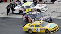 Pit stop chaos leaves Kenseth's car damaged