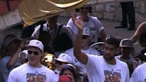 Raw: San Antonio Spurs Hold Victory Parade