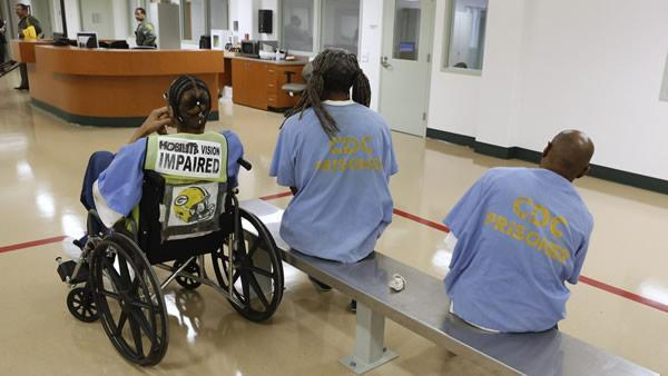 Lawyers argue about prison mental health care