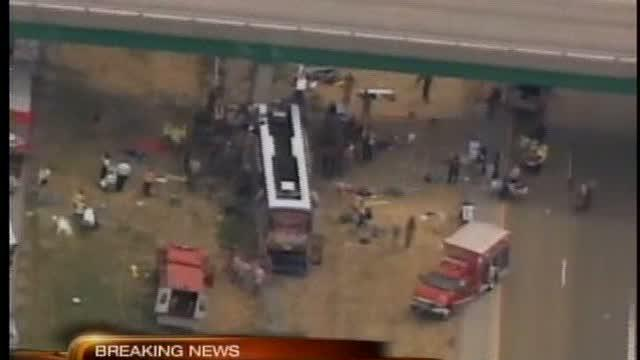 Megabus crashes in Illinois