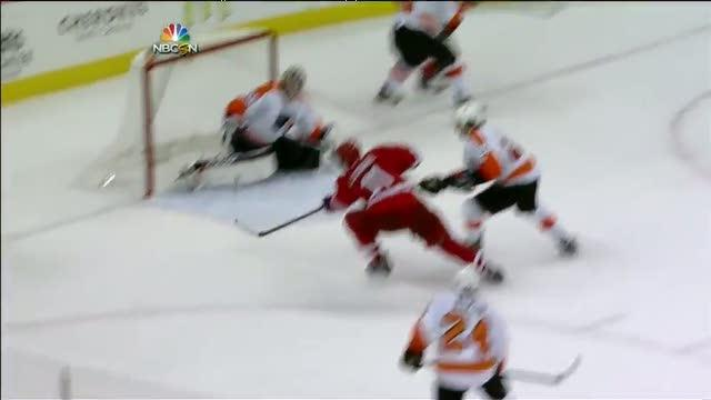 Jordan Staal ties it up in final minute