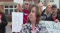 Community group makes allegations against teachers' union