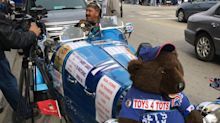 Meet the folk hero showing his Cubs support in barely legal replica Bugatti