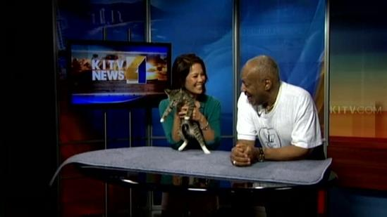 Bill Cosby helps the Hawaiian Humane Society