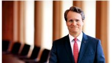 5 Reasons Bank of America Gave CEO Brian Moynihan a Raise
