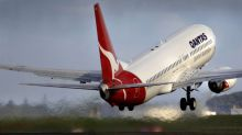 Qantas Profit Declines Less Than Expected Amid Competition