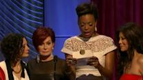 Star Given Wrong Award Envelope at Daytime Emmys