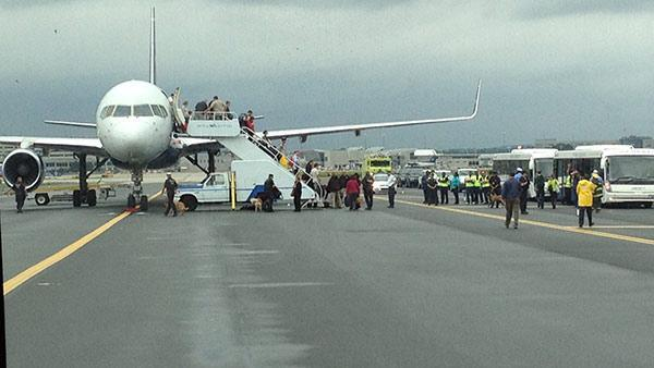 U.S. Airways jet cleared at Philadelphia International Airport after threat